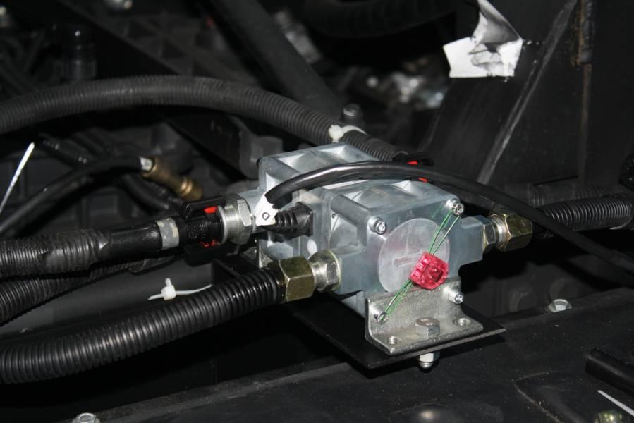 Контроль топлива в баке трактора — эффективный метод борьбы с хищениями