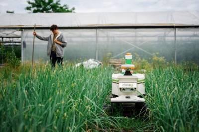 Розробники створили автономну зарядну станцію для цілодобового енергозабезпечення роботомашин