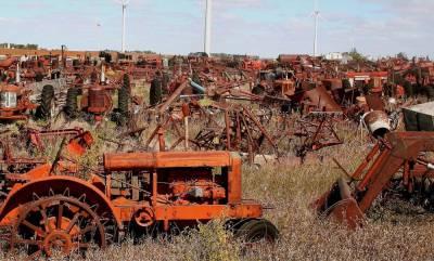 Кладбища тракторов: история провала механизации сельского хозяйства Африки