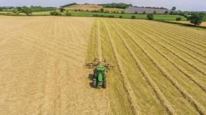 Автоматизация старой техники на примере фермера из Британии