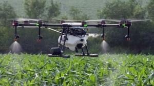 Использование дронов для внесения СЗР и удобрений