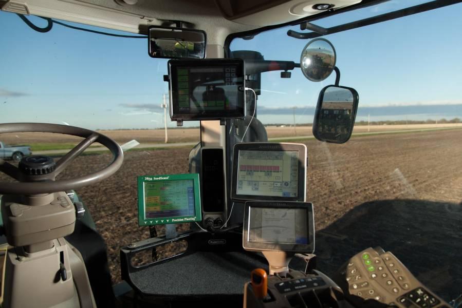 SmartFarming – офіційний дилер Precision Planting в Україні