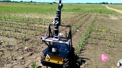 Маленький робот защитит посевы от глобального потепления