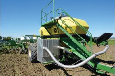 Разработана технология, использующая тракторный выхлоп в качестве удобрения для почвы