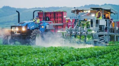 """Роботы-комбайны, использующие """"водные ножи"""" — будущее сельского хозяйства"""